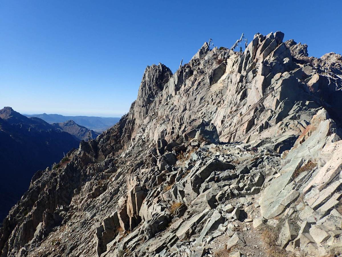 Whittier Ridge Traverse and Lakes Loop Trip Report